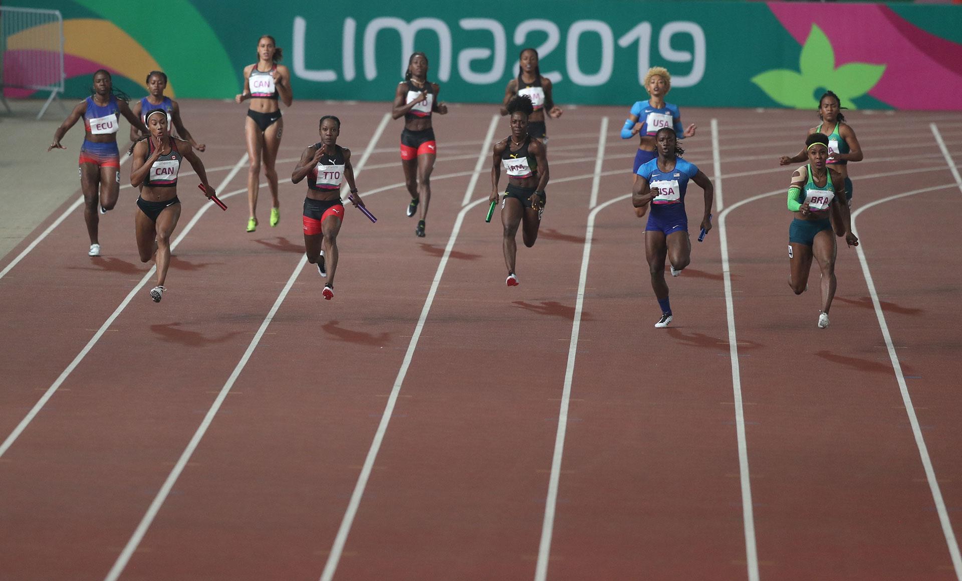 XVIII Pan American Games - Lima 2019 - Athletics - Women's 4x100m Relay Final - Athletics Stadium, Lima, Peru - August 9, 2019. Athletes in action. REUTERS/Ivan Alvarado