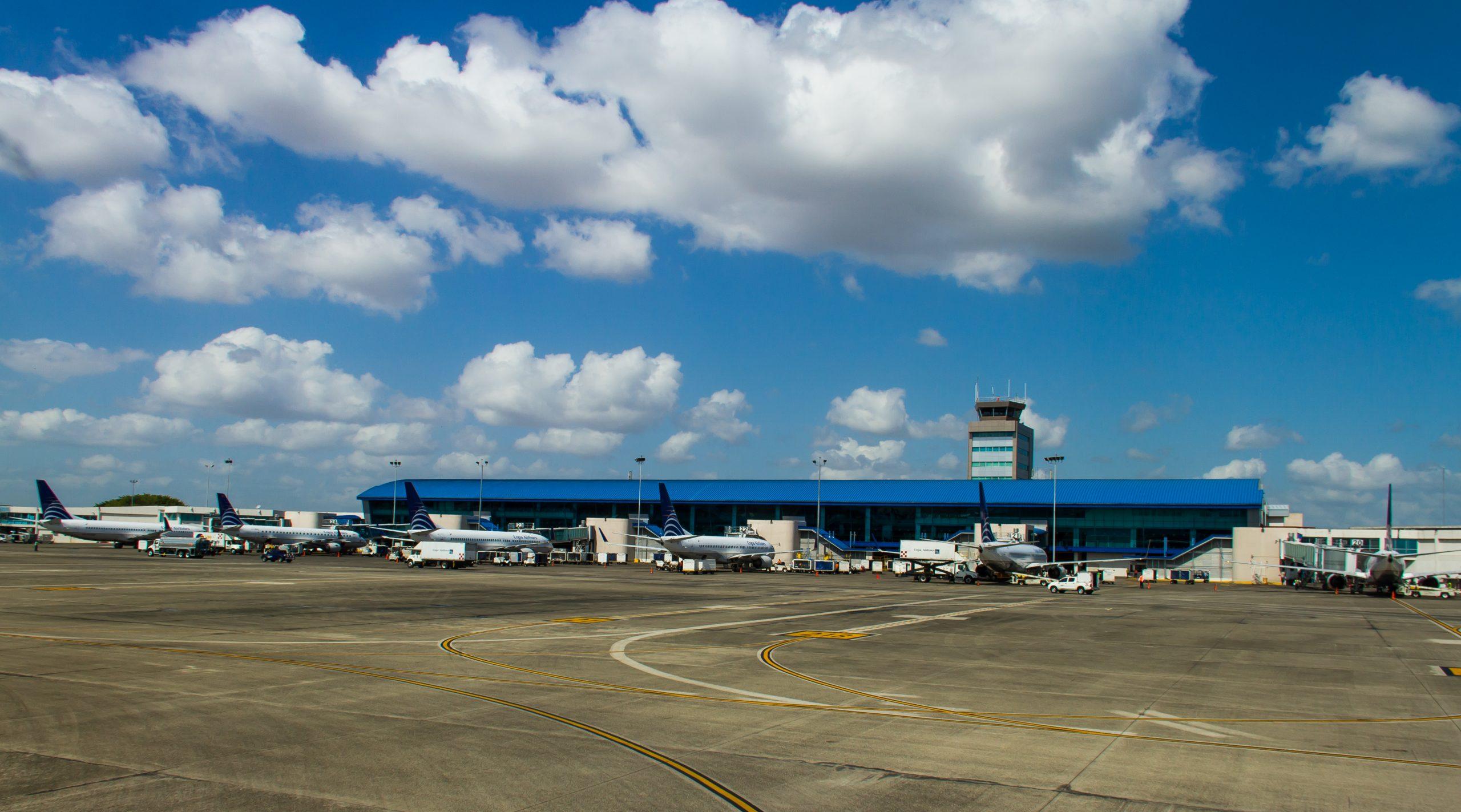 Tocumen_Intl_Airport_(Panama_City)_Hub_of_Copa_Airlines_(8418904002)