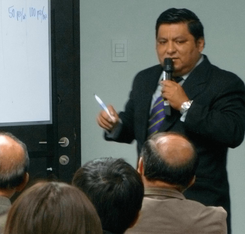 carlos-expo-cursos3
